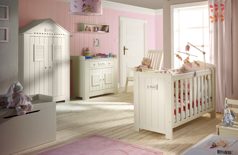 collection chambre b b marseille de la marque pinio baby boutique en ligne. Black Bedroom Furniture Sets. Home Design Ideas